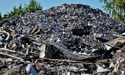 Clarke the Robotic Recyclables Sorter is on the Job (with Video)