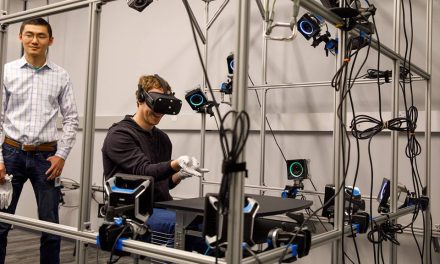 Facebook to Bring New Lower Cost Tetherless Oculus VR Unit to Market